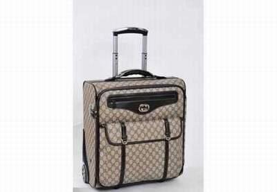 sac de cours luggages pas cher sac en bandouliere luggages pas cher sac luggages modele odeon. Black Bedroom Furniture Sets. Home Design Ideas